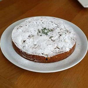 Jole - Torta morbida con marmellata di arance mandorle e timo