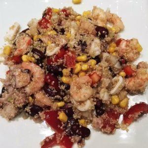 Stefania - Insalata di pesce con quinoa e vinagrette piccante