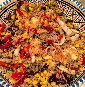 Gloria - Insalata di pesce con quinoa e vinagrette piccante