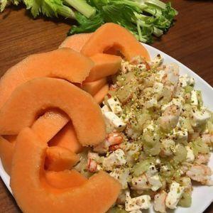 Beatrice - insalata di gamberi, melone, sedano e feta