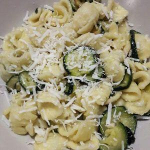 Isabella - Orecchiette con zucchine e ricotta salata