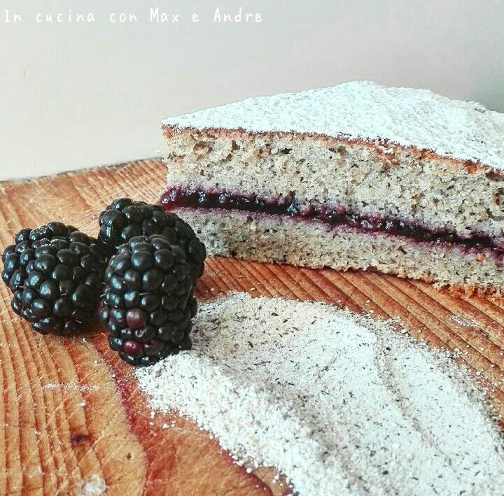 Torta di grano saraceno e confettura di more