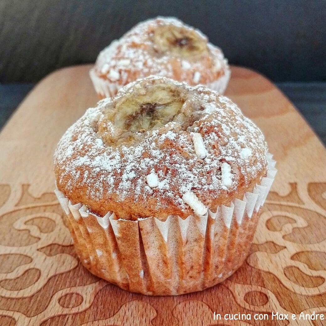 Muffin alla banana, mandorla e cannella