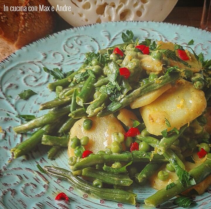 Insalata tiepida di patate, piselli e fagiolini al limone e cocco