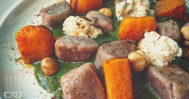 Gnocchetti di castagne su crema di spinaci, zucca, zola e polvere di porcino
