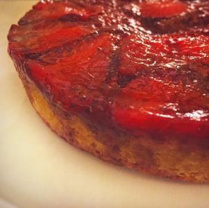 Federica - Torta rovesciata alle fragole