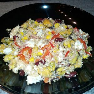 Manuela - Insalata di pesce e quinoa con vinagrette piccante