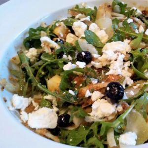 Manuela - insalata  di finocchi, mela, zenzero, feta e mirtilli