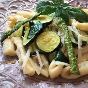 Federica - cicatielli con zucchine, cipollotto e ricotta salata