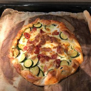 Fabio - Torta salata con zucchine, mozzarella e pomodorini