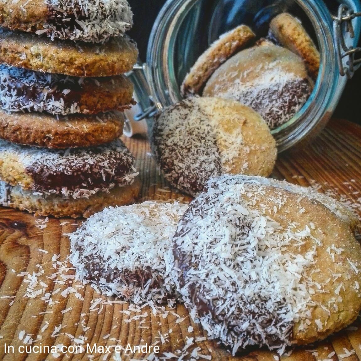 Biscotti al cocco, pistacchio e cioccolato
