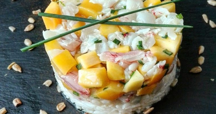 Tartare di gamberi e mango su basmati profumato al cocco