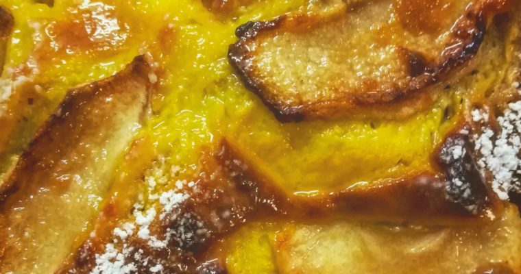 Torta alle mele e cannella con crema pasticcera