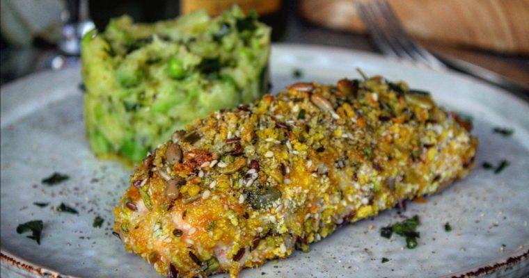 Salmone in crosta croccante con puré di piselli