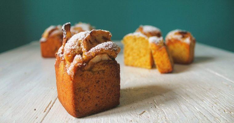Muffin con panna e mele