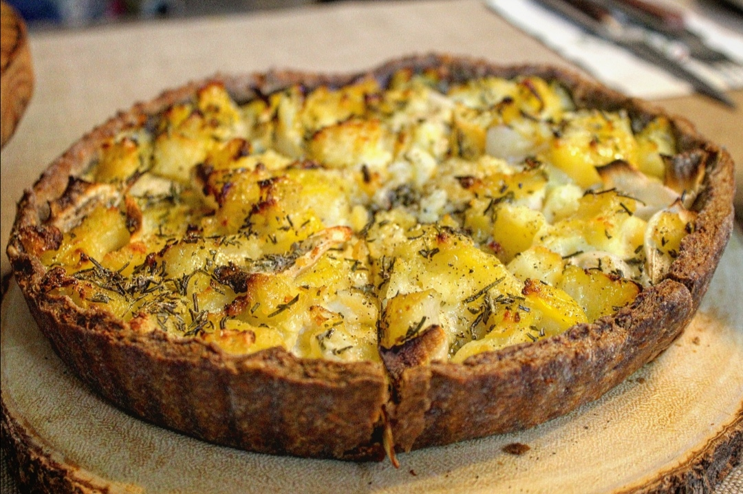 Tortino patate cipolle e rosmarino
